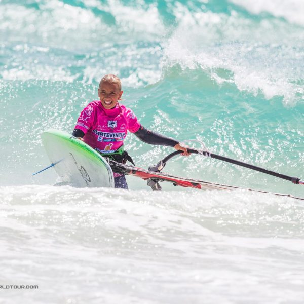 Lina-Erzen-windsurf-Team-rider-Flikka-boards