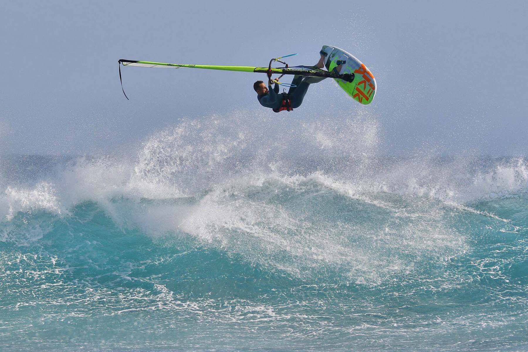 Dario-Ojeda-PWA-windsurf-Team-rider-Flikka-boards