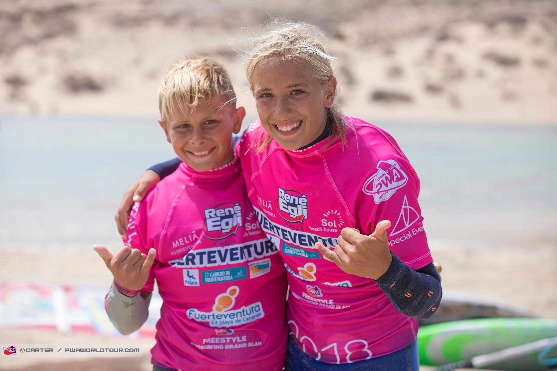 Lina-Val-Erzen-windsurf-Team-rider-Flikka-boards